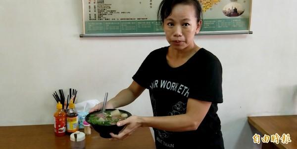 這間越南河粉店,賣的除了濃濃的越南道地家鄉味,還有著越南籍配偶努力打拚,溫馨、勵志的故事!(記者蔡政珉攝)