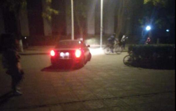 (圖 擷取 自 微 信) 根據 于 天 夫 指出, 这輛 就是 與與 綁 的 暴力 行動 的 黑衣 人 所 駕駛 的 轎車.