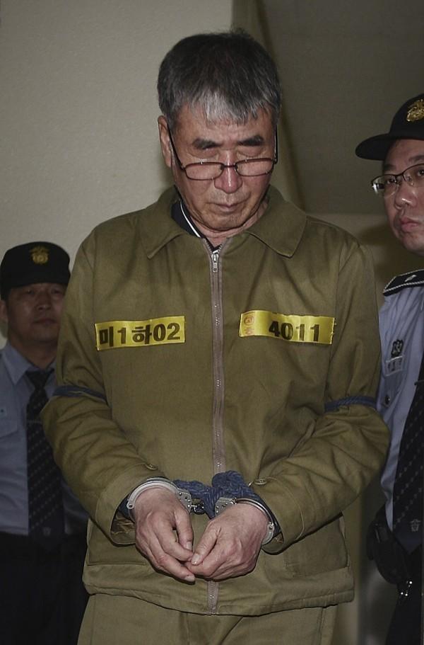韓國最高法院今(12)宣布,維持「世越號」的二審裁定,船長李淮石(Lee Jun-seok,音譯)殺人罪名成立,並判處他無期徒刑。(資料照,美聯社)