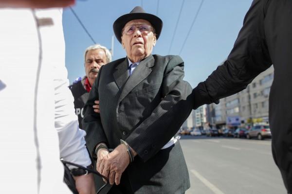 轉型正義!89歲羅馬尼亞前典獄長遭判20年監禁