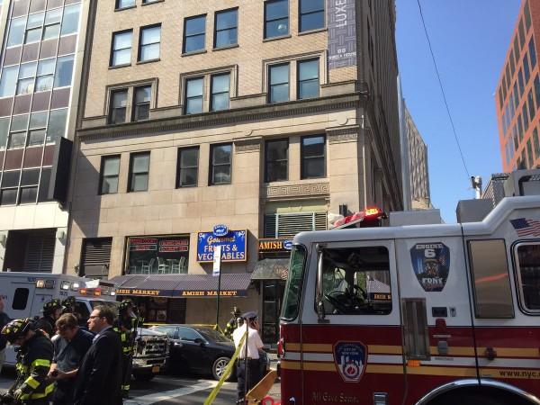 紐約曼哈頓翠貝卡在13日發生爆炸,至少35人受傷。(圖擷取自FDNY推特)