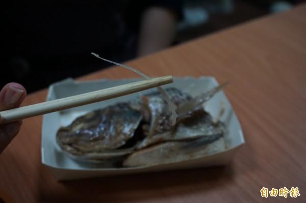 中國杭州一名年輕媽媽在吃飯時因誤吞一根魚刺,魚刺竟戳破頸動脈且大量出血,送醫搶救7天後,仍宣告不治身亡。圖為示意圖。(資料照,記者蔡淑媛攝)