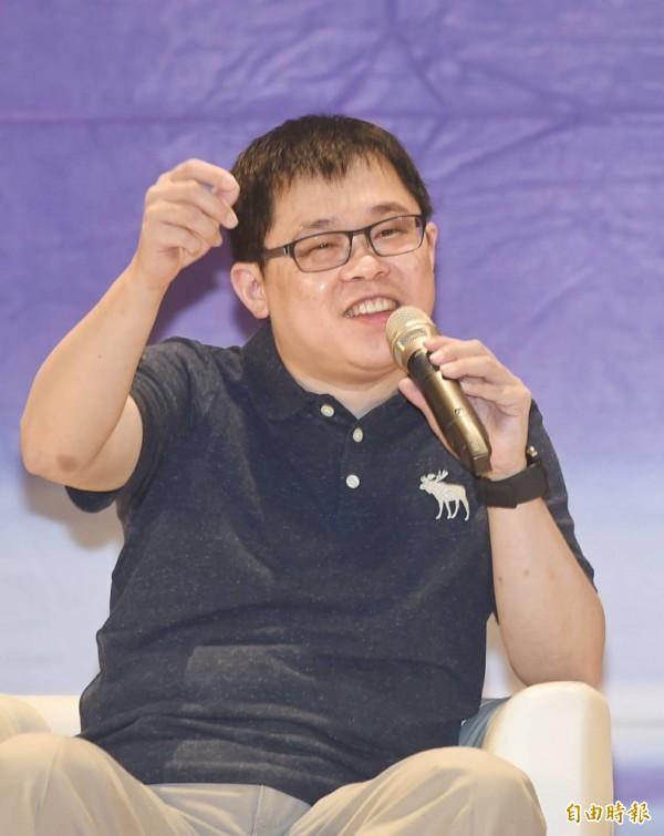 張國煒自曝曾立志當公車司機,小六才對航空有興趣。(記者方賓照攝)