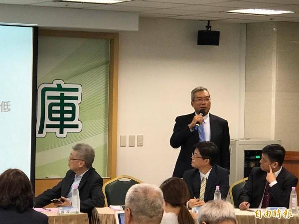 弄死台灣經濟的殺手 謝金河開轟時代力量、國民黨