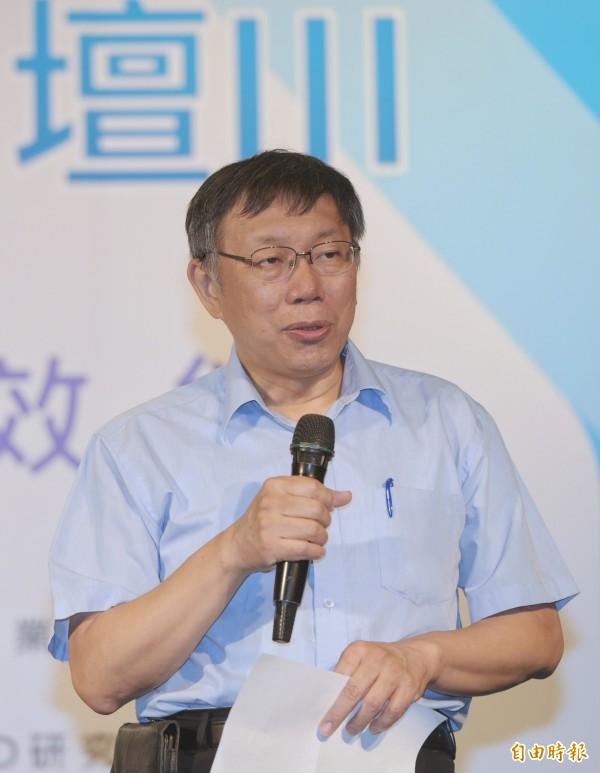 柯文哲受訪語出驚人地表示,陳水扁的病一開始是裝的,但後來真的病了。(記者張嘉明攝)