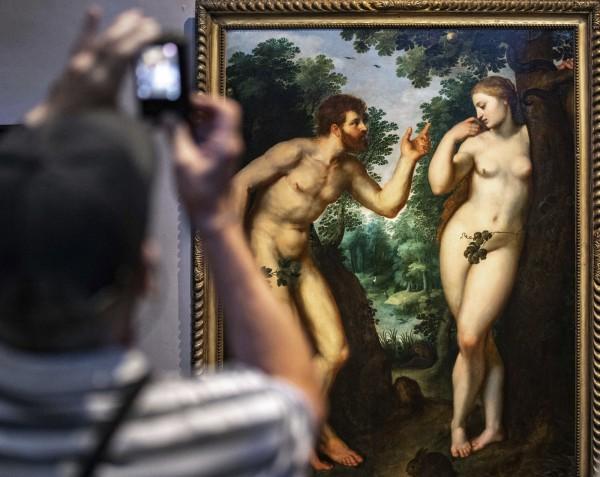 法蘭德斯畫家魯本斯的作品《亞當與夏娃》。(美聯社)