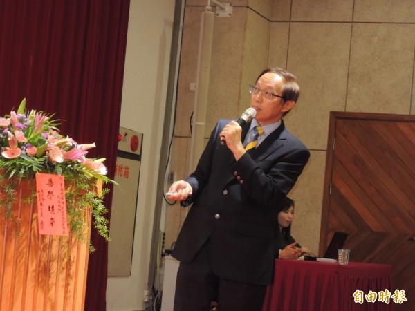 台灣美容外科醫學會理事長曹賜斌表示,陰唇整形議題是在近兩年變得熱門,據國際期刊指出,陰唇整形的職業別以律師、教師及護士居多。(資料照,記者洪定宏攝)
