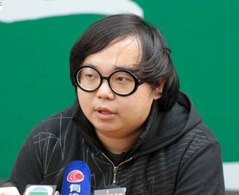 香港學民思潮成員林淳軒,今日在機場被香港警方以暴動罪逮捕。(圖擷取自學民思潮臉書)
