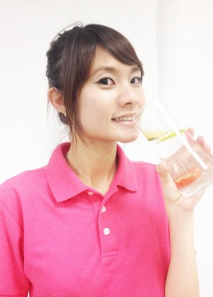 很多人不知道檸檬水也能喝溫的,對身體很有益處。(資料照,記者陳韋宗攝)