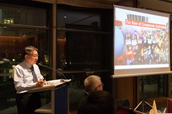 柯文哲說,由於他與台灣大部分政治人物不同,台北人民厭倦長久的政黨對立、政治鬥爭,人民希望改變而所選擇了他。(圖擷取自柯文哲推特)