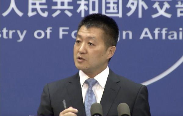 中國外交部發言人陸慷今表示,就NDAA台美合作的相關條款,中方已向美方提出「嚴正交涉」。(美聯社)