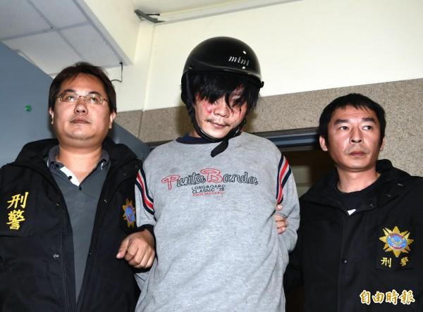 王景玉稍早向警方坦承犯案,稱動機是為了「傳宗接代」。(記者方賓照攝)