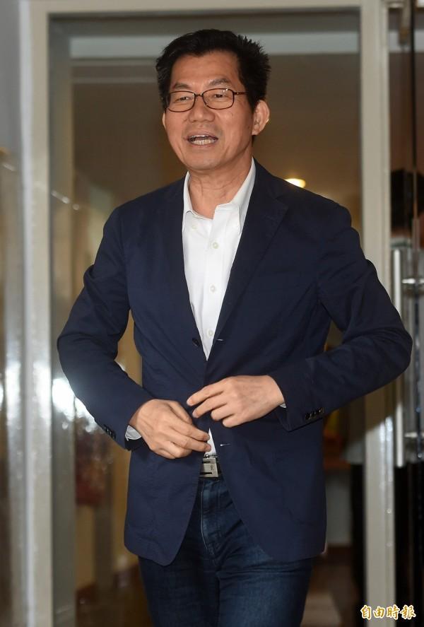 環保署長李應元宣布亞泥太魯閣採礦停止。(資料照,記者簡榮豐攝)