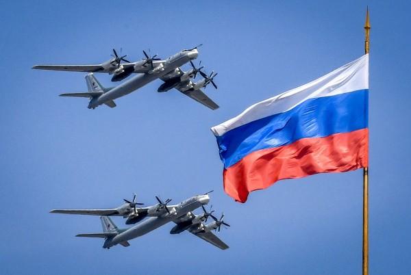 美國2架F-22戰鬥機11日在阿拉斯加外海的國際空域,攔截2架俄羅斯Tu-95轟炸機。圖為Tu-95轟炸機示意圖。(法新社)
