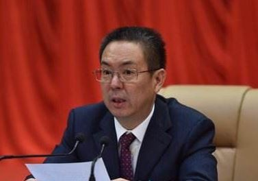 河南省沁陽市委書記薛勇在督導工作時不慎失足墜崖死亡。(圖擷取自網路)