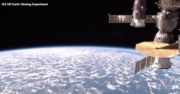 NASA社群媒體負責人稱,沒有在臉書進行ISS任何直播。圖為ustream網站直播畫面。(圖擷取自ustream影片)