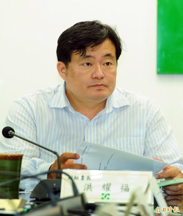 洪耀福則是擔任蔡的組織大將。(資料照,記者羅沛德攝)