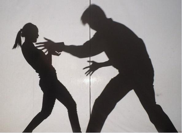 台中市消防局李姓小隊長入侵備勤室性侵害女隊員得逞。(示意圖)