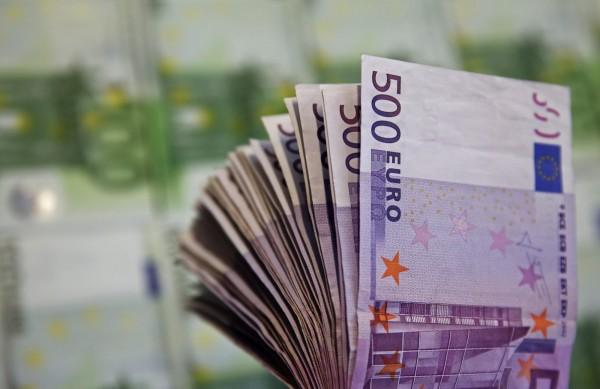 欧盟坐困愁城 欧元中流砥柱