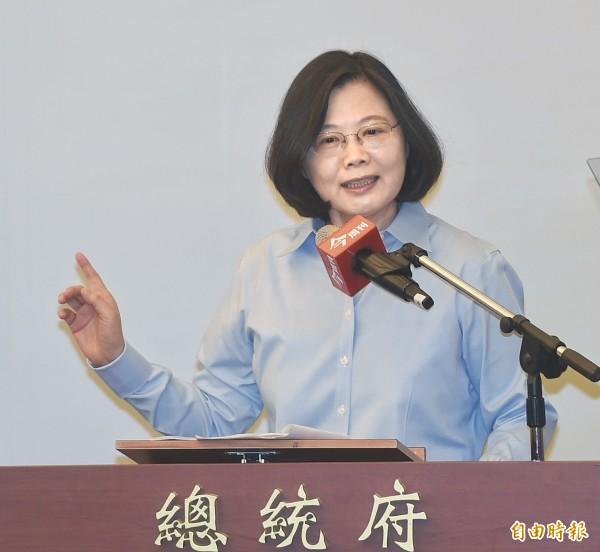 蔡英文今早表示,她並非獨斷獨行的政治強人,而是在民主政治下,有堅強改革意志的領導者。(資料照,記者方賓照攝)