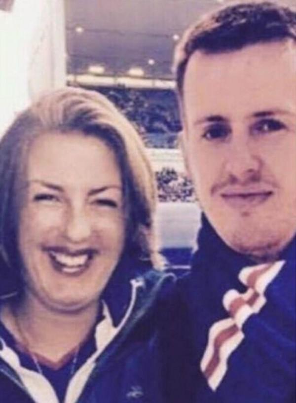 英國31歲女子夏普(Jill Sharp,左),在最近這4年以來一直在臉書放閃,現在卻被發現她其實是把素未謀面的男性P到照片上。(圖擷自臉書)