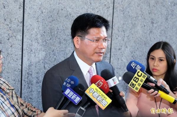 國民黨智庫國家政策研究基金會民調顯示,台中市長林佳龍的支持度為33%。(資料照)