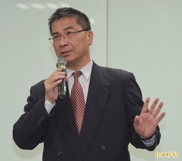 行政院發言人徐國勇表示,同婚法案要等挺同、反同團體溝通好,暫時還沒有列入。(資料照,記者黃耀徵攝)