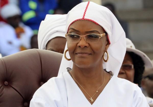 穆加比的妻子葛莉絲被執政黨開除黨籍。(路透)