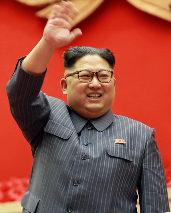 韓前領導人金正日的保鏢受訪透露,金正恩雖然對北韓有絕對控制權,但童年生活相對的很孤立也不快樂。(法新社)
