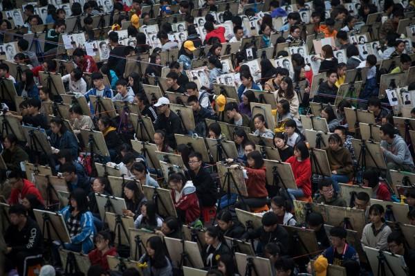 美國是國際學生最多的留學國家,總數達到了107.88萬人,其中中國便佔總數的32.5%。(法新社)