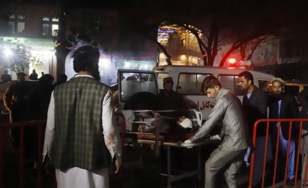 阿富汗首都喀布爾今(20)日發生自殺炸彈客攻擊事件,當局表示,至少有40人死亡、80人受傷。(歐新社)