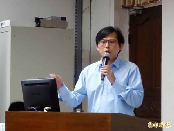 年輕人對投資股票不熱衷,黃國昌要金管會自我反省,台灣的資本市場是否夠公開、公平、透明、效率。(資料照,記者王孟倫攝)