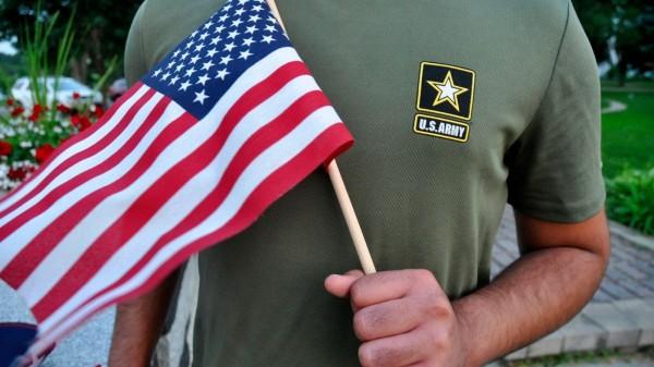 据美国陆军上周提交给法庭的文件显示,总计502名具有移民背景的军人被「非自愿退伍」。(美联社)