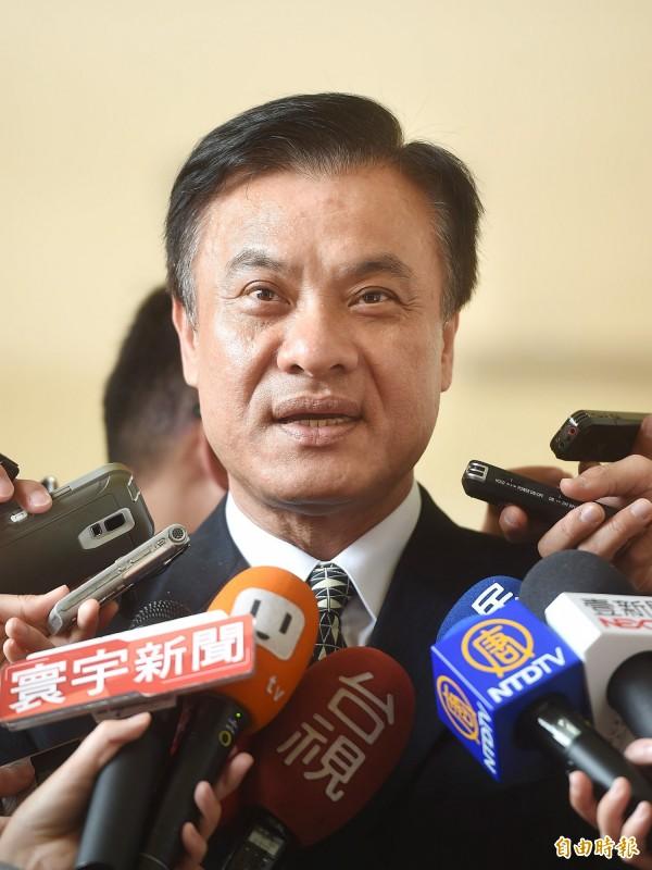立法院長蘇嘉全說,蔡主席用人不分黨派、族群,選前蔡主席也和人民說民進黨不會整碗捧去。(記者方賓照攝)