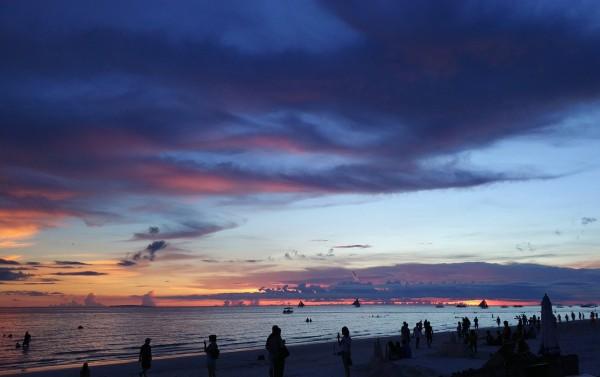 長灘島將於10月26日重新開放。(歐新社)