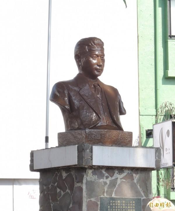 228事件罹難者湯德章銅像。(資料照,記者蔡文居攝)