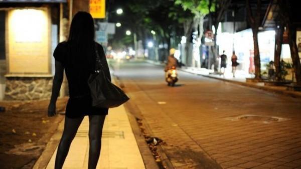 中國有名男子去嫖妓,但事後都沒發現對方是男兒身。示意圖,與本新聞無關。(圖擷取自網路)
