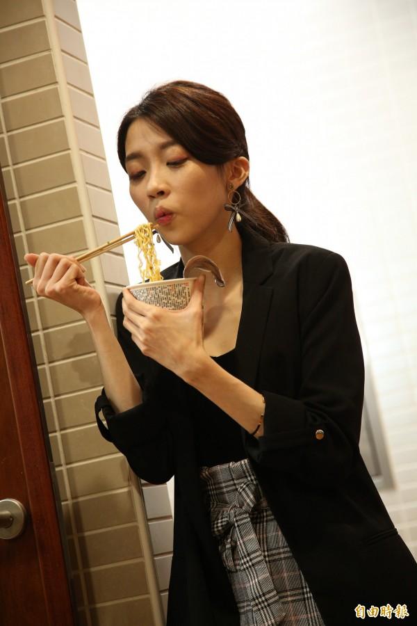 泡麵雖然美味,但營養較不足,仍不建議常吃。(記者沈昱嘉攝)