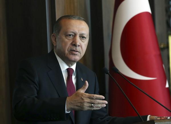 土耳其總統艾多根週日表示,「我們正在伊德利布省執行阿斯塔納的協議」,如果沒有採取行動,「炸彈將落在我們的城市。」(資料照,美聯社)