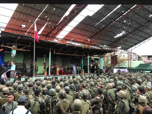 菲律賓總統杜特蒂於2017年10月17日宣布解放馬拉威市。(法新社)