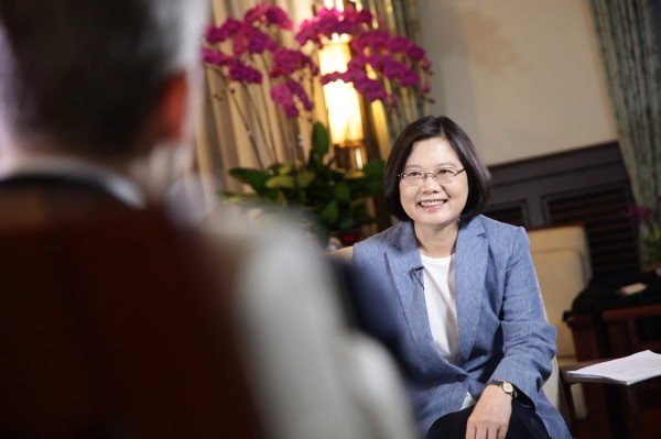向中國喊話! 蔡英文:別以為用壓力可讓台灣屈服