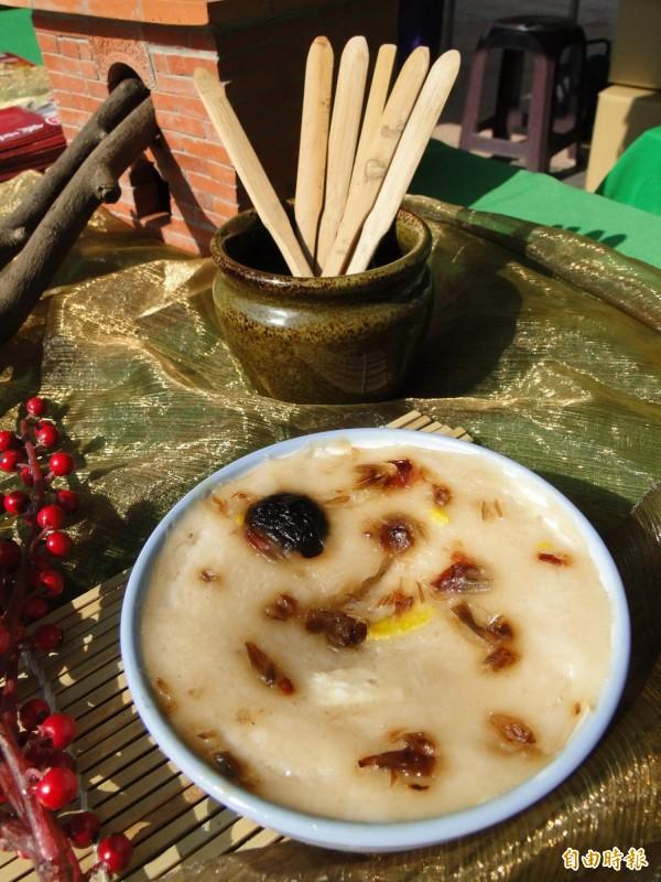 外國少見的碗粿也是CNN推薦的必吃美食之一。(資料照,記者洪瑞琴攝)