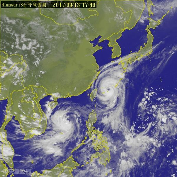 中颱泰利雖一路北偏、轉往日本方向移動,但今(13)日下午中央氣象局仍持續發布海上颱風警報。(圖擷自氣象局網站)