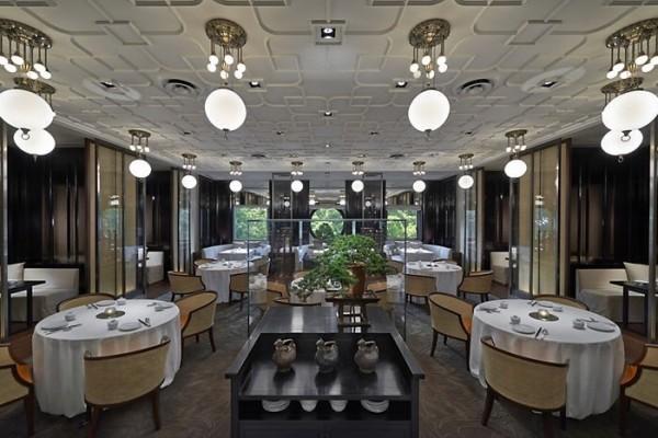2018台北米其林指南公布,台北文華東方酒店雅閣中餐廳摘一星。(業者提供)