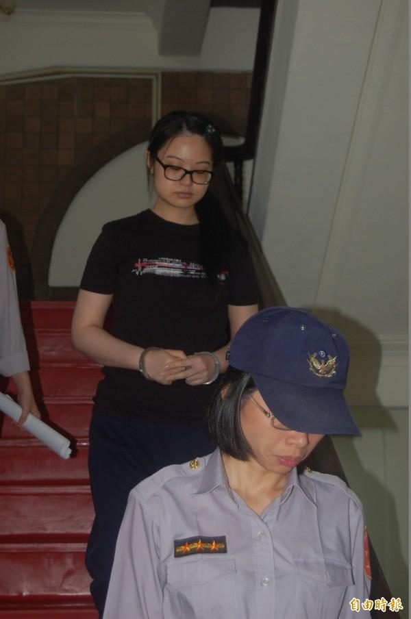 高院審理八里雙屍案,今提訊死刑犯謝依涵,訊後將她還押。(資料照,記者楊國文攝)
