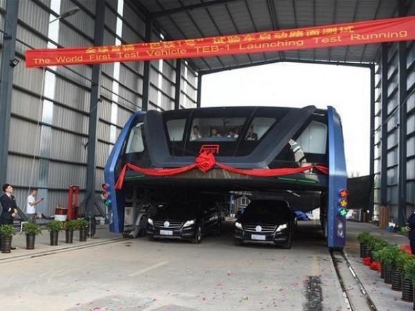 神話破滅! 中國巨型輕軌「巴鐵」月底前拆除