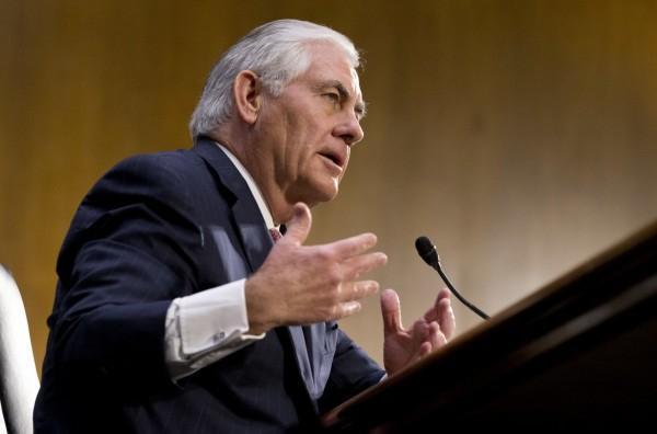 美國務卿提名人提勒森11日出席參院外委會聽證會。(美聯社)