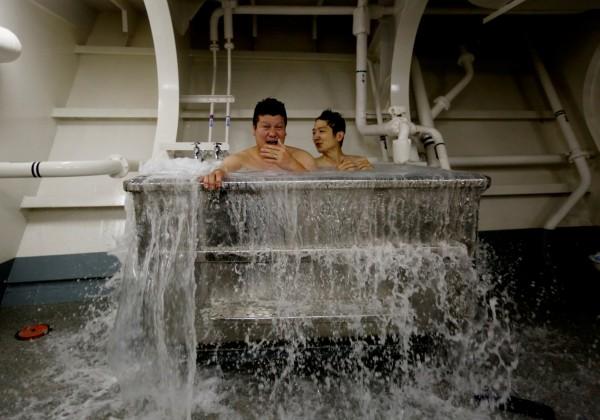 海水浴是極大享受。(路透)