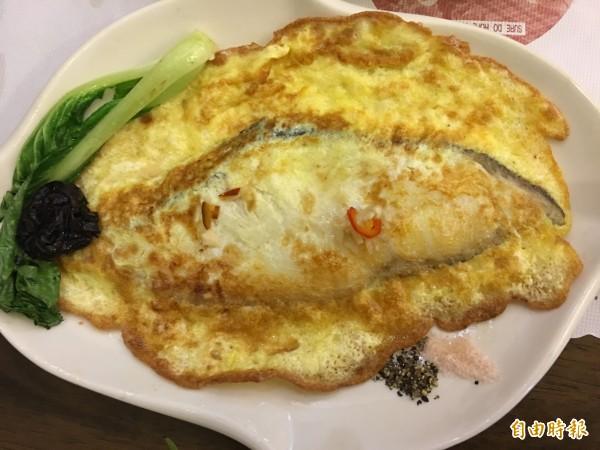 香煎鱈魚套餐,色香味俱全。(記者蔡宗勳攝)