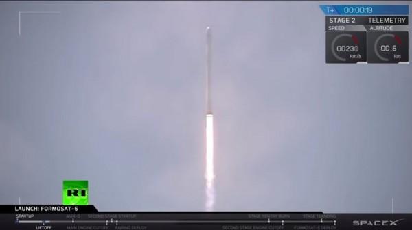 福衛五號升空。(取自SpaceX官網影片)